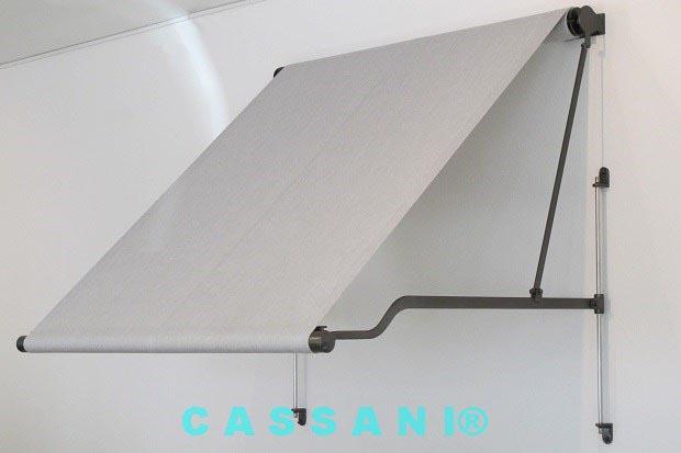 CASSANI-Historina - Zierliche Klapparmmarkise mit gekröpften Armen