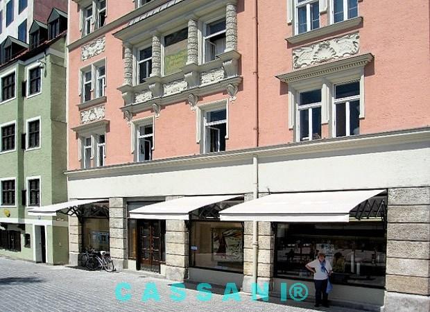 Scherenarmmarkisen für Fassaden vom Design Markisen Hersteller Cassani